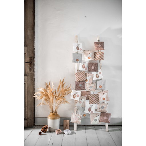 Mood Advent Calendar Paperbags 02 web scaled 1