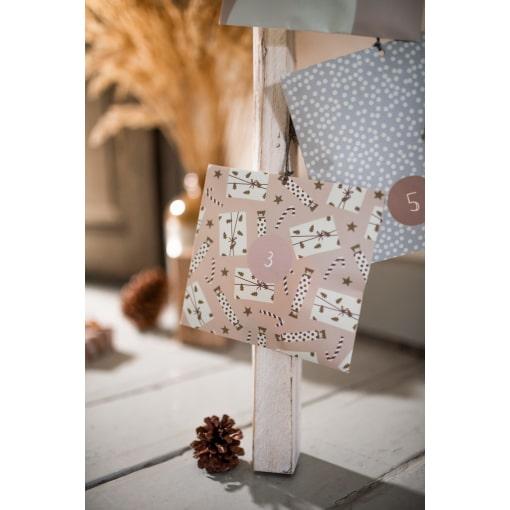 Mood Advent Calendar Paperbags 07.2 web 1200x1797 1